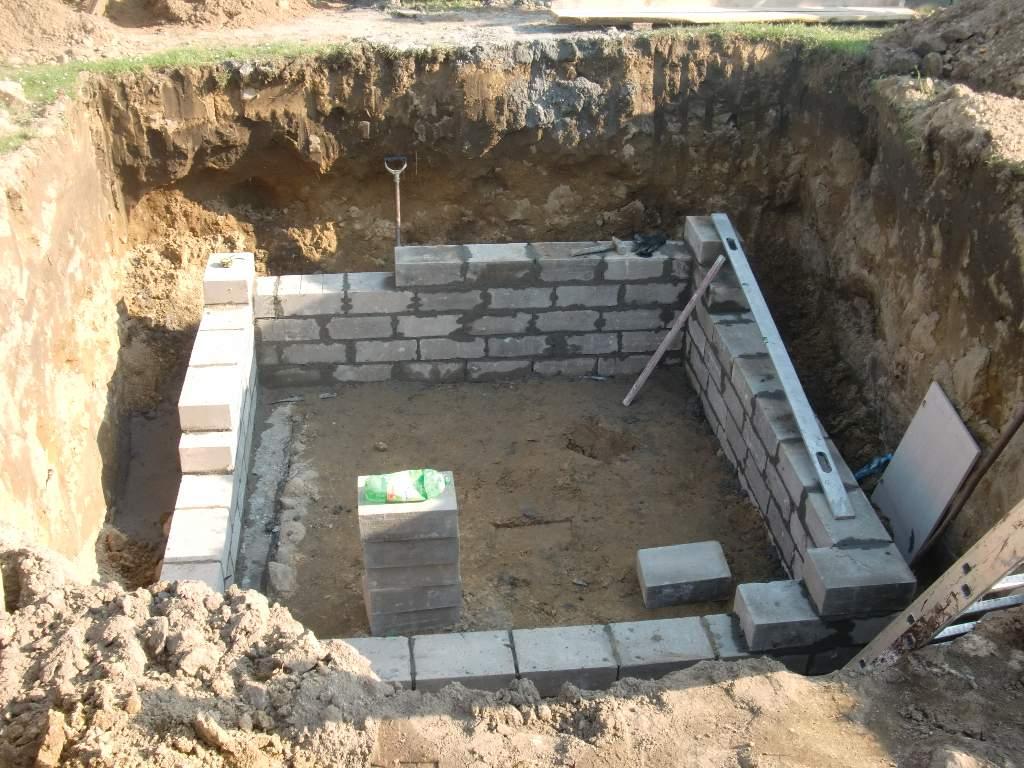 ziemianka-budowa-murowanie-089