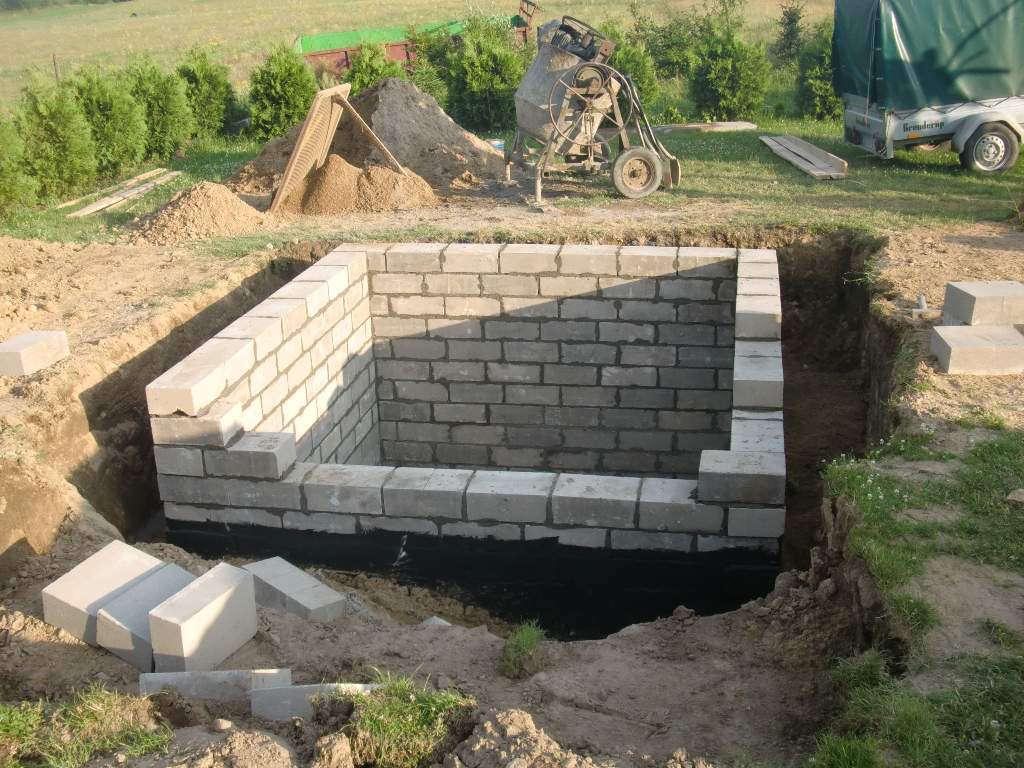 ziemianka-budowa-murowanie-101